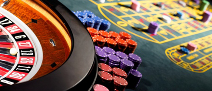 Play the real cash games in the online casinos if you are willing to make deposits for the games.